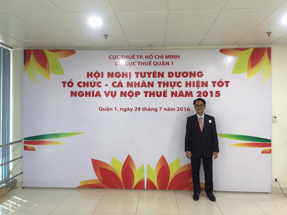 Nhan Kiet CEO Do Huy Le at the Ceremony